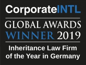 Logo der Corporate INTL: Global Awards Winner 2019, Inheritance Law Firm of the Year in Germany (dt: Gewinner der Global Awards 2019, Erbrechtskanzlei des Jahres in Deutschland).
